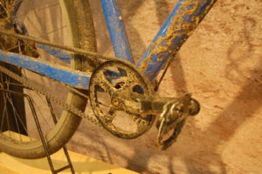 Santos 4.29 gravel racer test - cross lite
