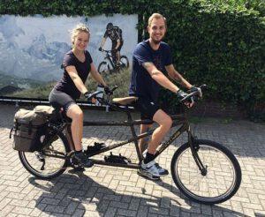 Santos tandem met klanten Sector 2 Bikes
