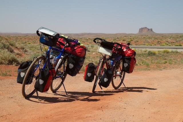 """""""Het fietsen gaat vanzelf"""" (Santos Travel Lite)"""