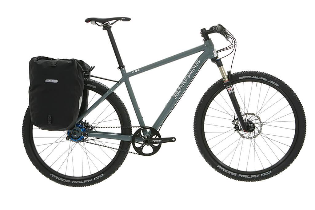 Santos mountainbike 4_29 met bepakking